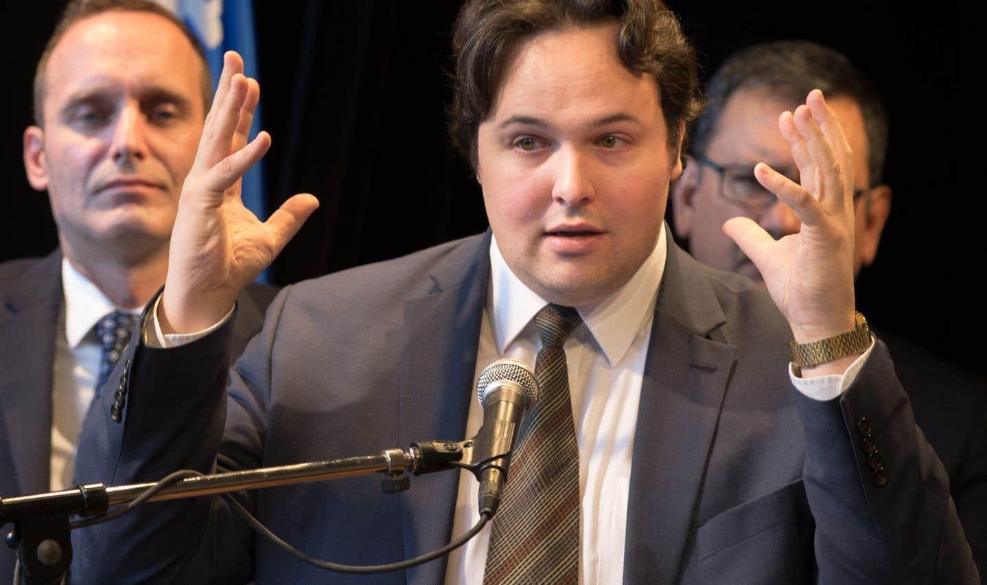 Le président général de la Société Saint-Jean-Baptiste de Montréal, Maxime Laporte, presse le gouvernement libéral de briser l'élan au «bilinguisme institutionnel».