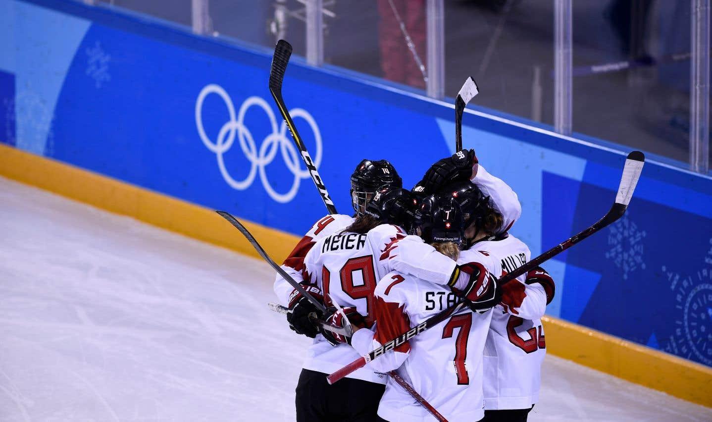 Cette victoire assure à la Suisseun affrontement avec la Finlande ou les Athlètes olympiques de la Russie en quarts de finale, samedi.