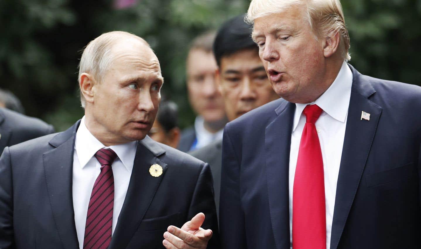 Le président russe, Vladimir Poutine, et le président américain, Donald Trump, au Vietnam en novembre dernier