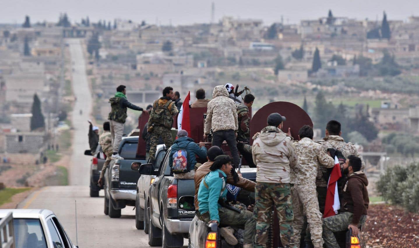Selon l'Observatoire syrien des droits de l'Homme, des «centaines de combattants ont été déployés» mardi après-midi dans la zone d'Afrine.