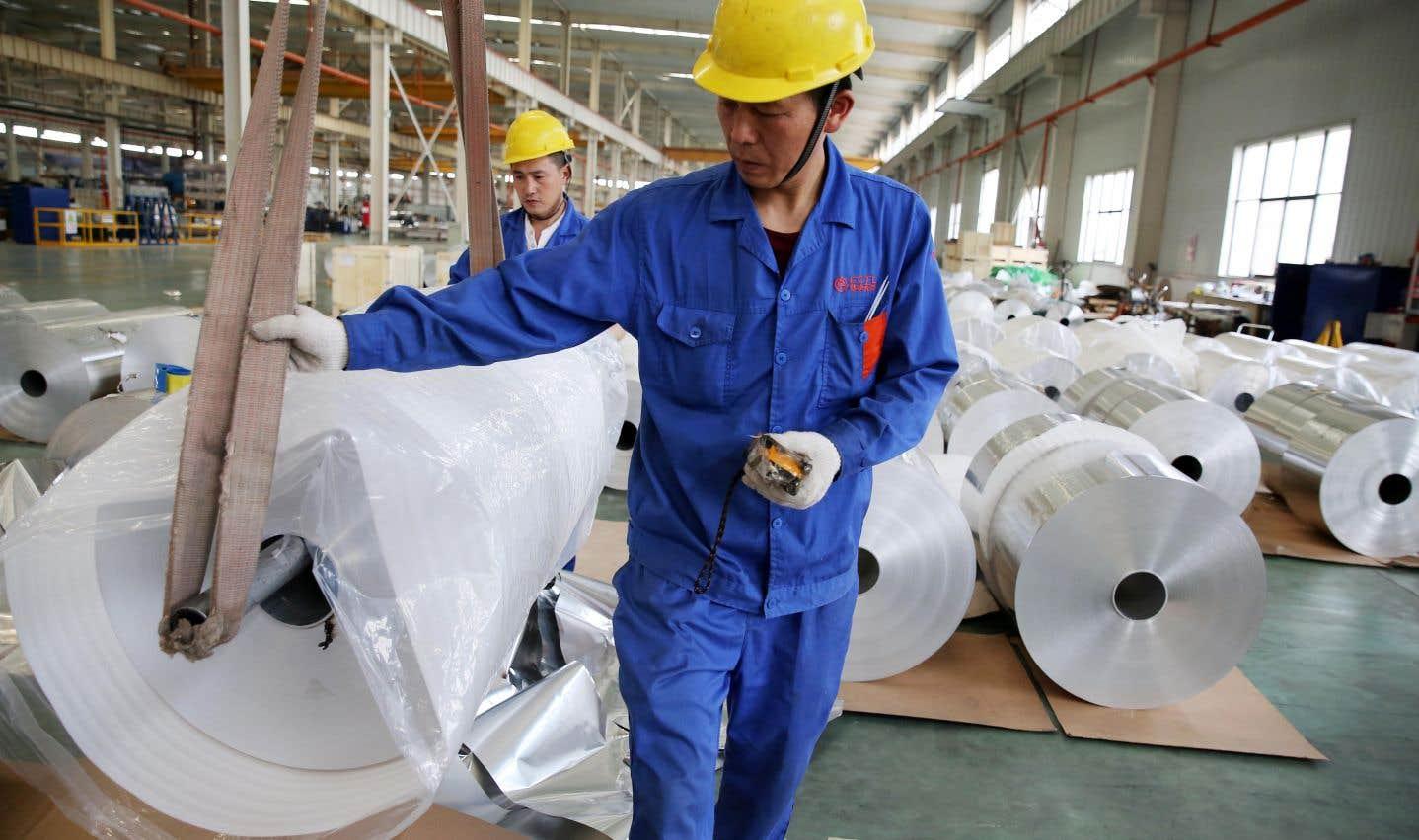 Le président américain a évoqué la possibilité d'imposer des droits de douane, voire des quotas d'importation dans le domaine de l'acier et de l'aluminium chinois.