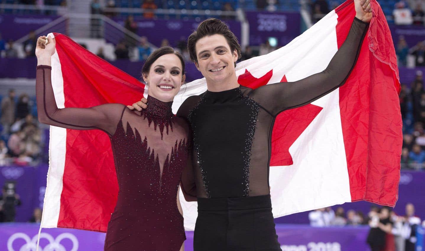 Tessa Virtue et Scott Moir ont remporté une médaille d'or lundi soir avec un total de 206,07, soit avec moins d'un point d'avance sur Gabriella Papadakis et Guillaume Cizeron.