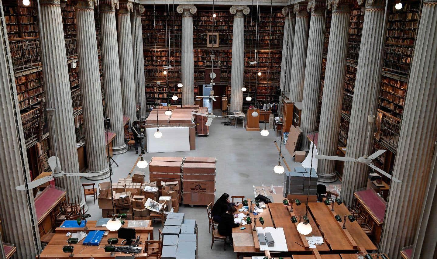 Le manoir néoclassique abritant la Bibliothèque nationale comprenait seulement 80 places et ne pouvait être rénové facilement.