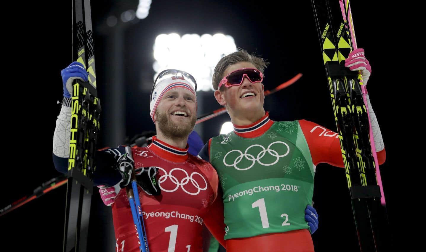 Martin Johnsrud Sundby et Johannes Hoesflot Klaebo