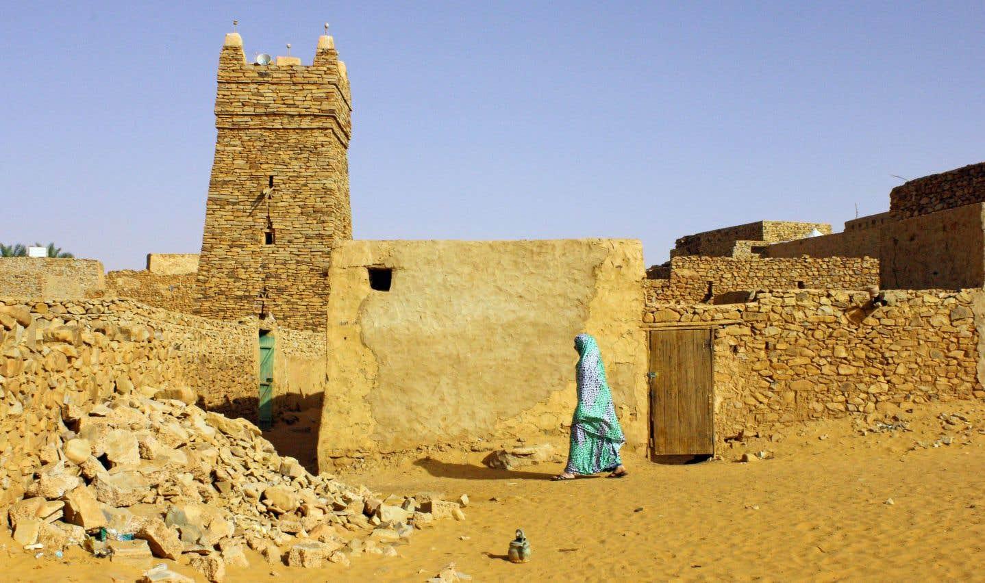 Fondée en 1264, la ville caravanière de Chinguetti a longtemps été la seule de Mauritanie. Ici, la grande mosquée, au cœur de la vieille ville.
