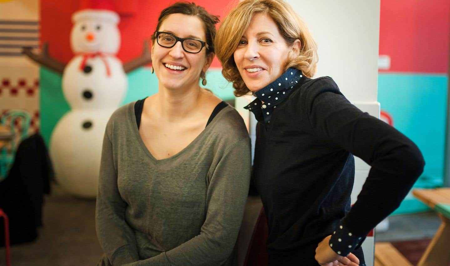 La dramaturge Catherine Léger et la réalisatrice Sophie Lorain unissent leurs forces pour réinventer le film d'ados.