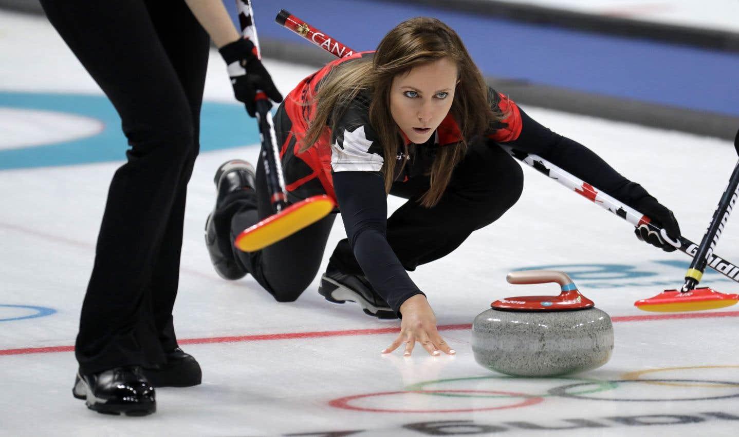 Rachel Homan n'était pas parvenue à se qualifier pour la ronde des médailles en curling féminin.
