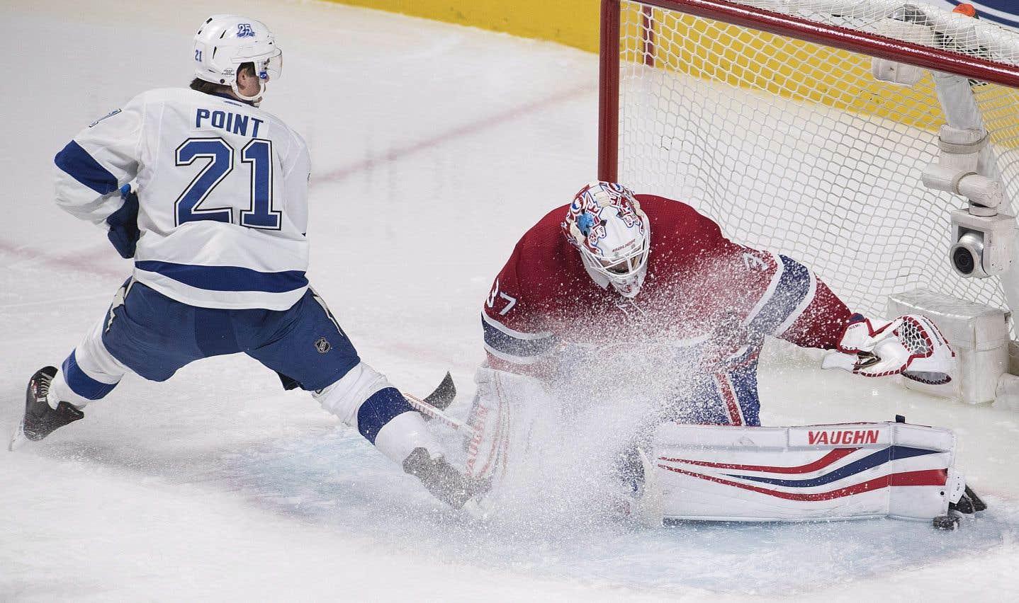 Malgré le revers, Antti Niemi a offert une bonne prestation dans les filets du Canadien.