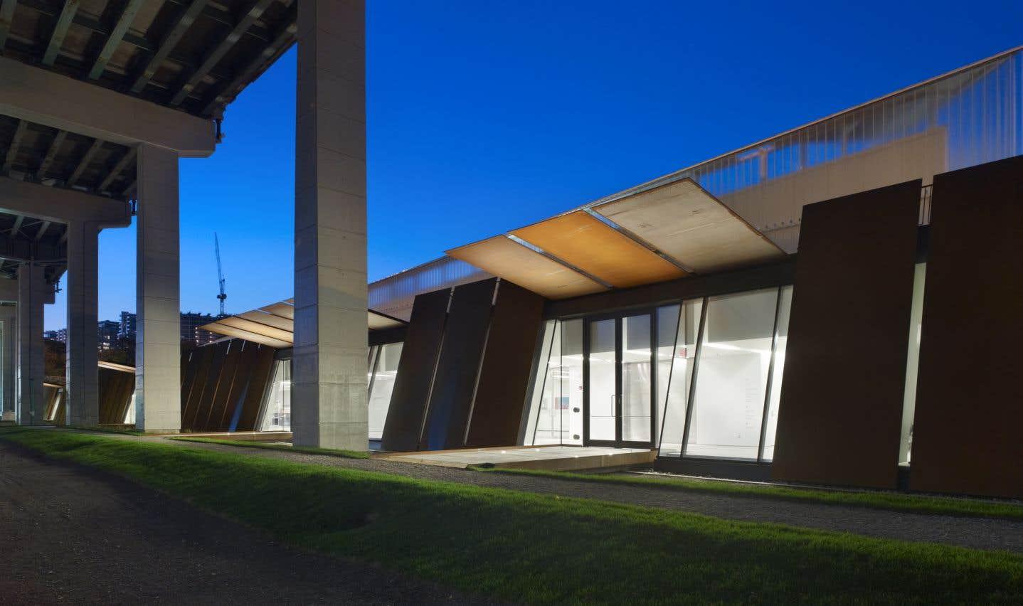 Le centre d'accueil des visiteurs du Fort York (Ontario), Patkau Architects et Kearns Mancini en consortium
