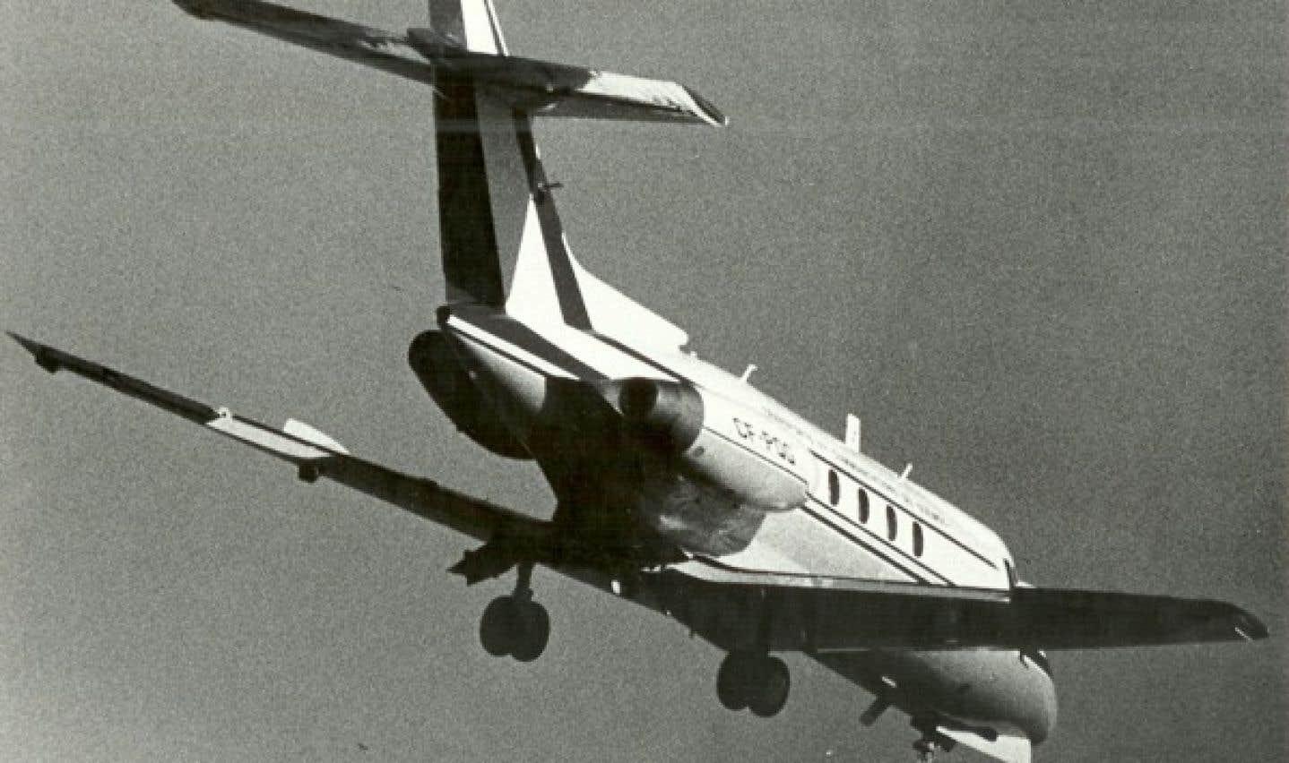 Le «jet à Lesage» effectue son dernier vol gouvernemental en février 1990. L'appareil est ensuite vendu à une compagnie américaine, puis démonté en mai 1995.