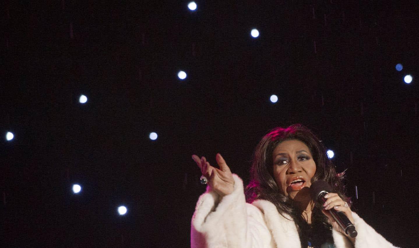 Aretha Franklin lors de la cérémonie d'illumination du sapin de Noël de la Maison-Blanche, en 2013