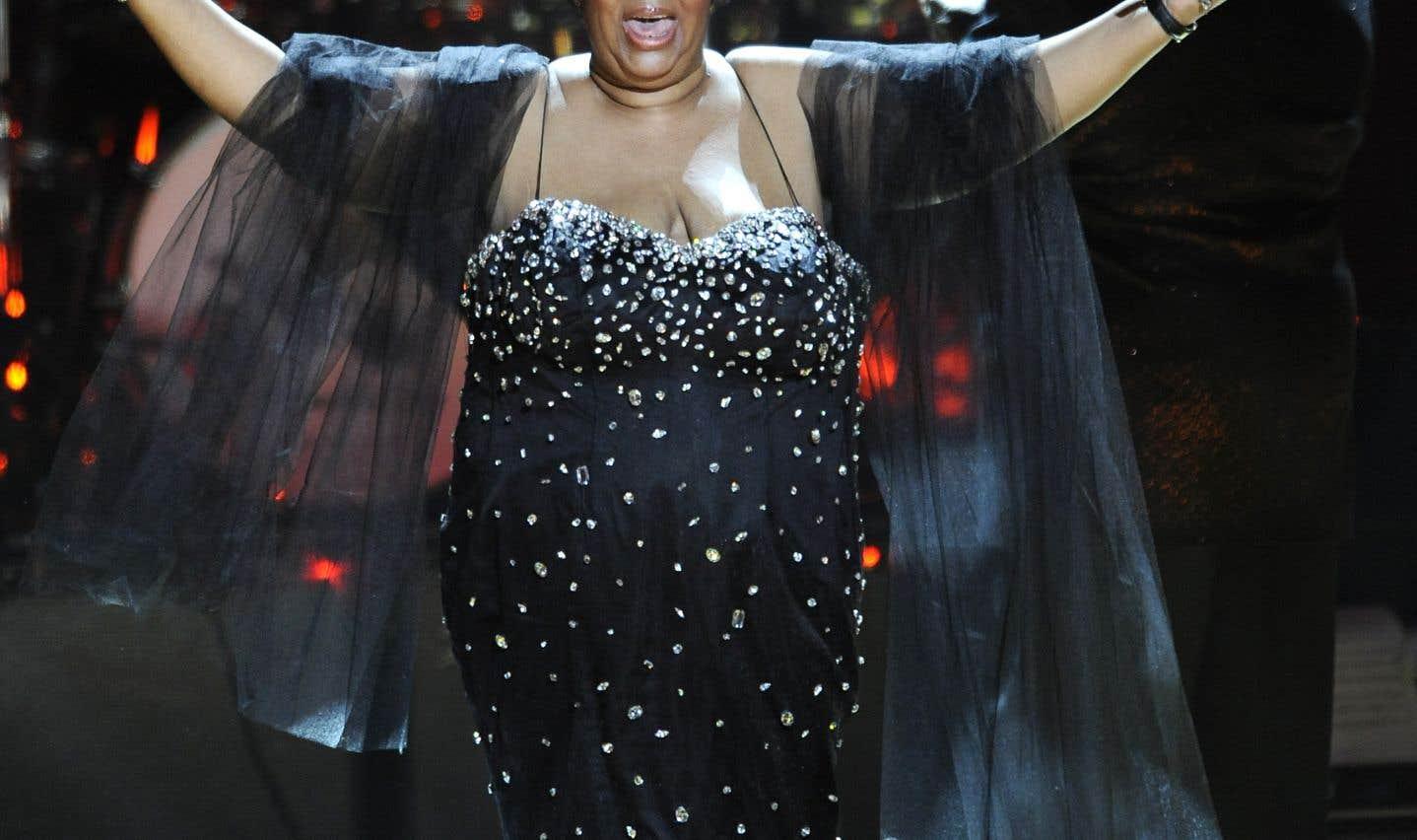 Aretha Franklin, lors d'un concert célébrant le 91e anniversaire de Nelson Mandela en 2009