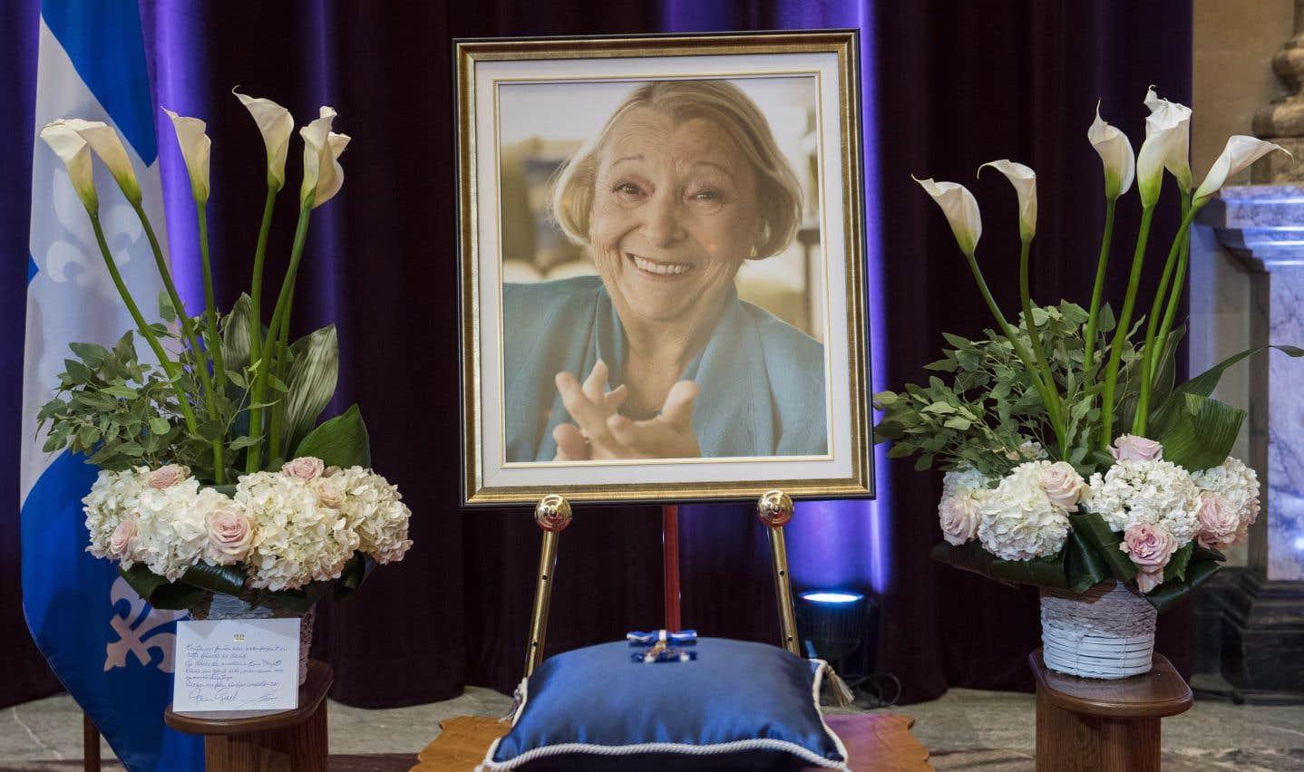 Les Québécois ont pu une dernière fois dire adieu à Lise Payette samedi.