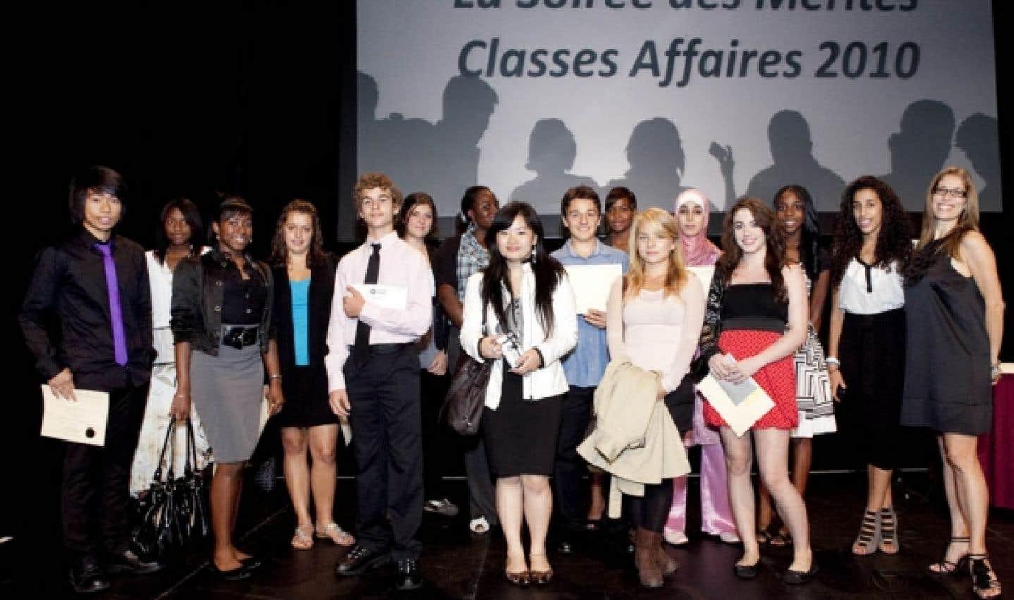 Un 10e anniversaire pour le Forum jeunesse de l'île de Montréal - Des regroupements de jeunes à travers le monde «envient la confiance que nous témoigne notre gouvernement»