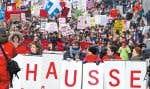 La manifestation d'hier avait moins d'ampleur que celle qui avait attiré des milliers d'étudiants la veille.