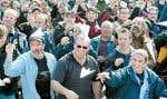 Les travailleurs de l'aéronautique membres des TCA ont manifesté devant les installations de Pratt & Whitney leur appui aux travailleurs licenciés d'Aveos.