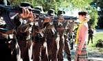 Le rôle de la dissidente birmane Aung San Suu Kyi est interprété par Michelle Yeoh.