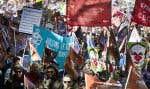 Manifestation du Front commun, le samedi 3 octobre. Le milieu de l'éducation annonçait lundi de nouvelles mobilisations.
