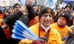 En 2012, les travailleurs de Rio Tinto Alcan à Alma avaient été mis en lockout durant six mois, six mois durant lesquels la compagnie compensait une partie de ses pertes en vendant son électricité à Hydro-Québec.