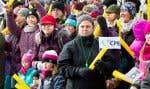 Des manifestants à la place Émilie-Gamelin, à Montréal.Ce vaste mouvement de solidarité vise à faire reculer le gouvernement provincial.