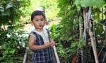 Les activités des établissements verts Brundtland peuvent se traduire par la création d'un jardin collectif dans une cour d'école.