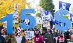 Le 15 octobre dernier, un rassemblement demandant la hausse du salaire minimum à 15$ l'heure