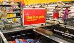 Les efforts déployés par Wal-Mart pour inciter les consommateurs à se rendre dans ses magasins semblent porter leurs fruits.