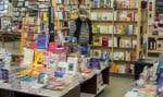 Le Groupe Renaud-Bray regroupe 30 librairies Renaud-Bray, 16 librairies Archambault, la librairie Olivieri et la librairie anglophone Paragraphe, un entrepôt Web et la librairie La Sorbonne en France, et Prologue.