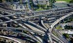 Des chutes de neige plus abondantes, des tempêtes plus fréquentes créent de nouveaux problèmes pour les bâtiments, les routes et les ponts.