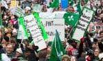 Ce qui ressort des événements des dernières semaines, c'est la solidarité entre collectivités francophones et une sympathie réelle de la population québécoise envers la cause francophone en Ontario, soutient l'auteure.