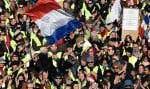 Manifestation des gilets jaunes à Marseille le 15 décembre dernier. Les gilets jaunes ont fait une brèche qui ne pourra plus se refermer dans la légitimité du système économique et du pouvoir politique.