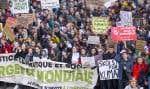 «Nos élus semblent fiers de désigner le Québec comme un «élève modèle en Amérique du Nord» en ce qui a trait à la lutte contre les changements climatiques. Est-il nécessaire de rappeler que l'Amérique du Nord fait piètre figure en matière de lutte contre les changements climatiques?», rappellent les auteurs.