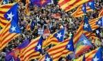 L'État espagnol a voulu un procès exemplaire pour les 12 dirigeants catalans accusés d'avoir défié la justice en organisant un référendum d'autodétermination interdit, avant de proclamer l'indépendance de la Catalogne en octobre 2017. Un procès qui a suscité une vague de protestations de la part de la population catalane.