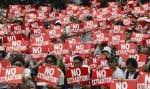 Les manifestations pourraient reprendre dès mercredi, à Hong Kong, alors que le projet de loi décrié suivra son cours législatif.