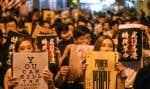 Vendredi soir, des milliers de manifestants se sont rassemblés pour appeler les pays étrangers à adopter des sanctions contre le gouvernement.