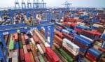 La Chine venait d'annoncer son intention d'imposer de nouveaux droits de douane sur 75milliards de dollars d'importations en provenance des États-Unis, ainsi que le rétablissement d'une taxe de 25% sur les importations automobiles américaines.