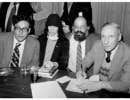 Carl Solomon, Patti Smith, Allen Ginsberg et William S. Burroughs au Gotham Book Mart en 1977.