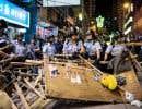 Les forces de l'ordre ont défait des barricades à Mongkok.