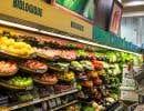 Nos producteurs se retrouvent aux prises avec une guerre de prix des grandes chaînes qui, elles, favorisent l'achat de fruits et légumes provenant d'ailleurs.